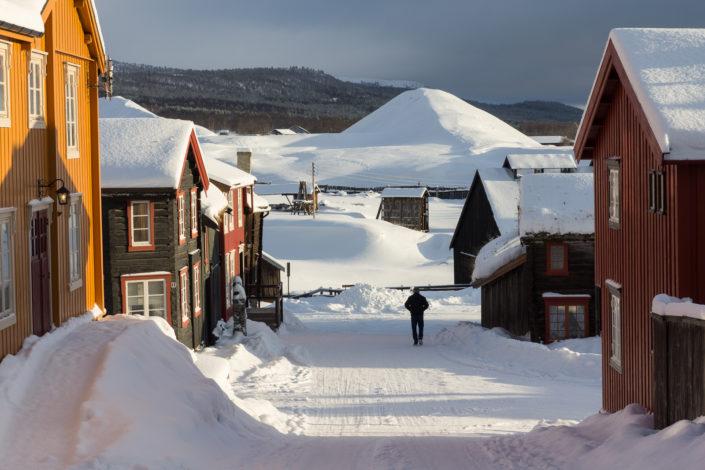 Røros and slag heaps under snow