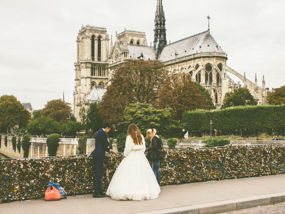 Parisian Wedlock (tourists only!)