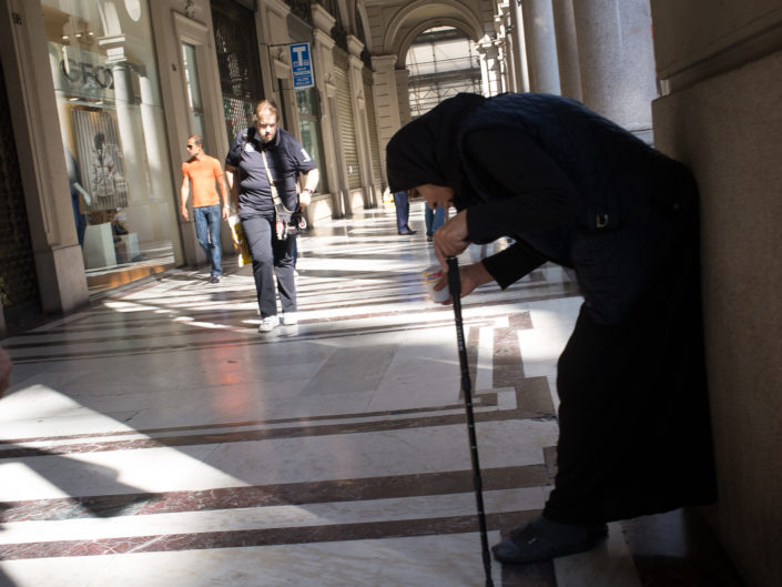 Under the porticos (Via Roma)