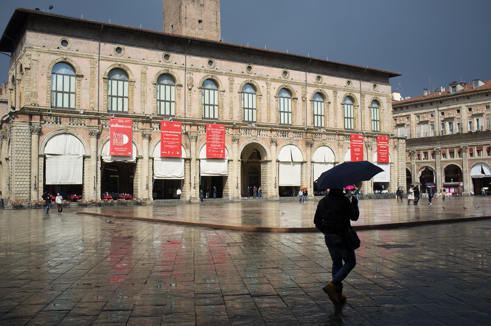 Come rain come shine (Piazza Maggiore) Bologna