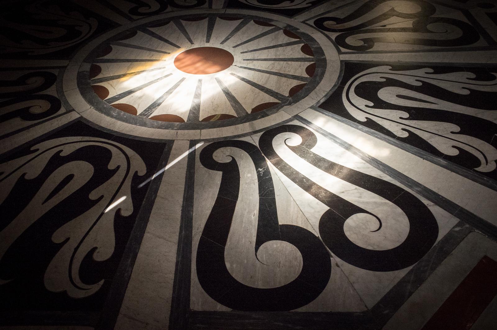 Floor pattern (Santa Maria del Fiore)
