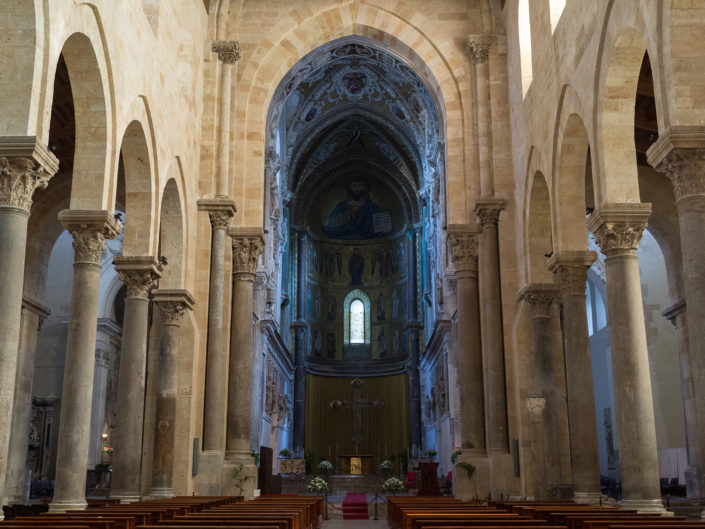 Cefalú Cathedral nave