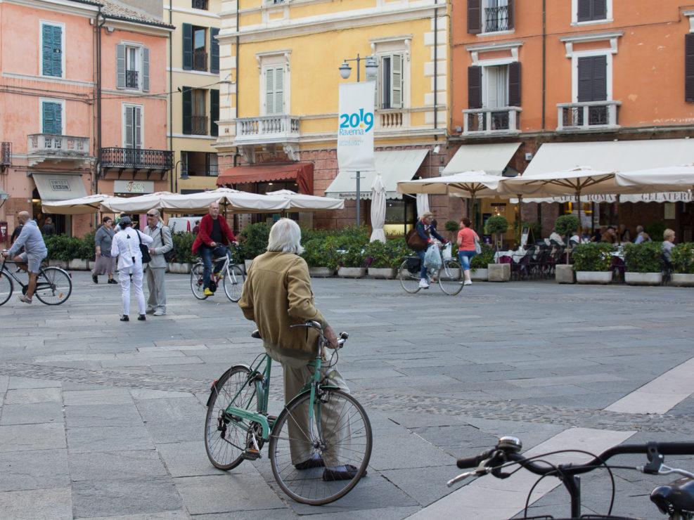 On Piazza del Popolo