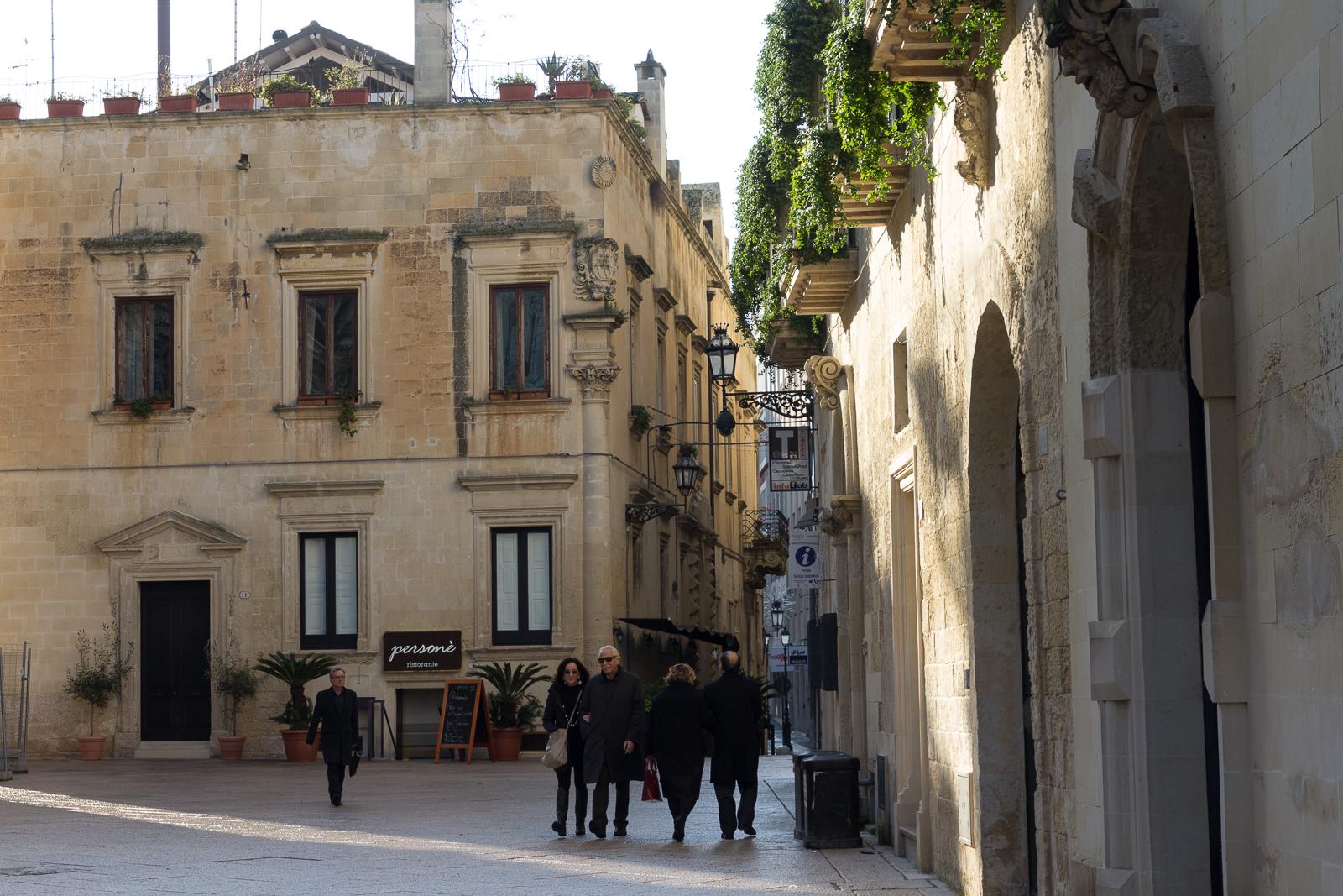 Lecce street view (Via Umberto)