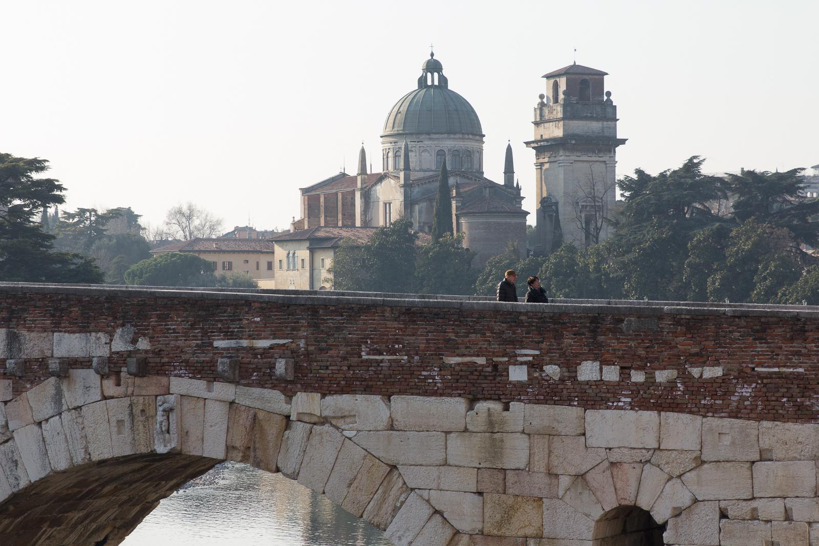 On Ponte Pietra