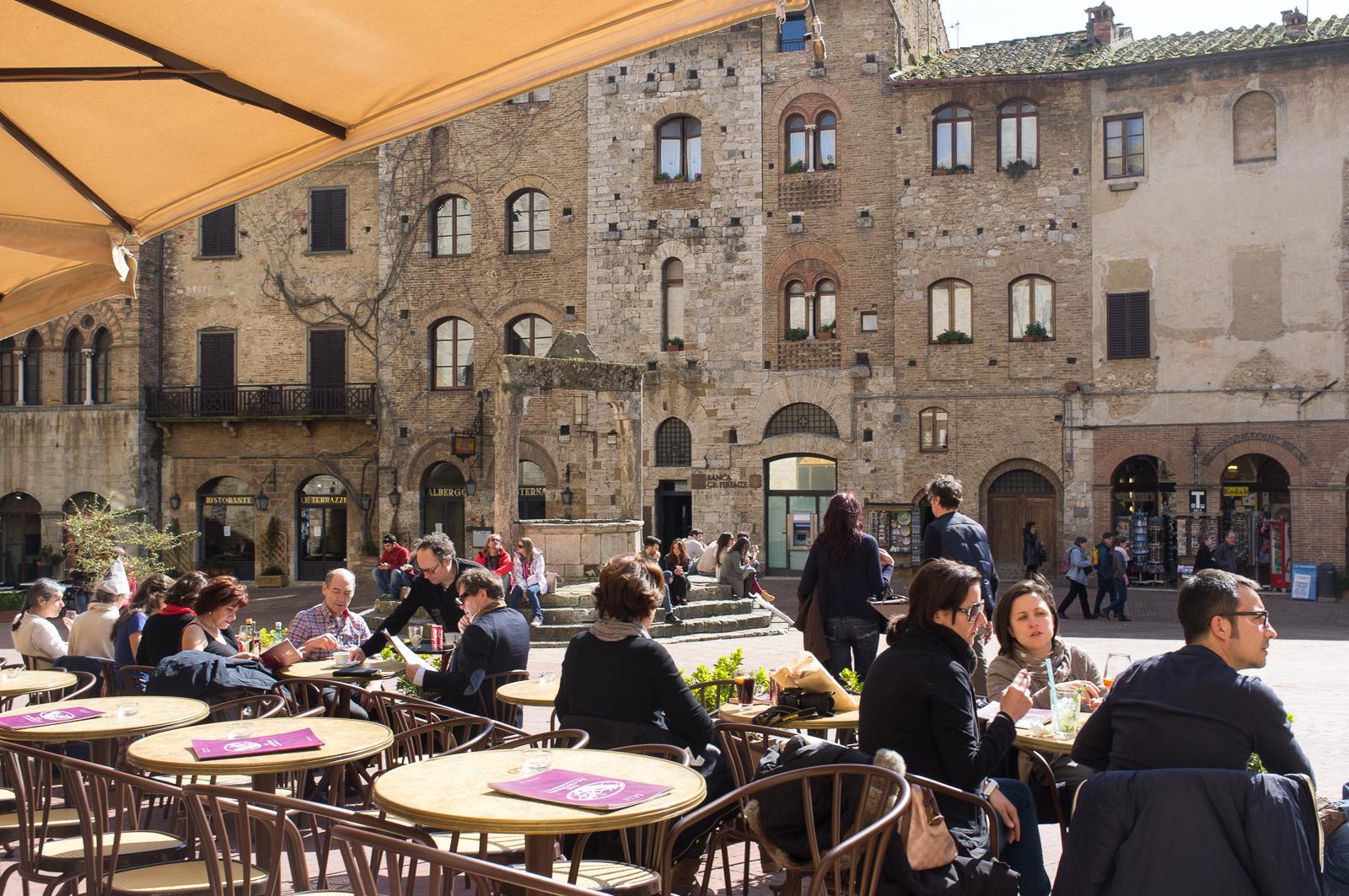 Piazza della Cisterna, San Gimignano - Italy
